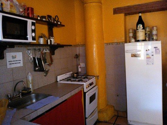 Nuevo Puesto Hostel: Cocina