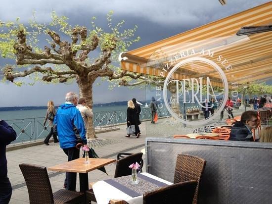 Fruhjahr An Der Promenade Picture Of Pizzeria La Perla Meersburg