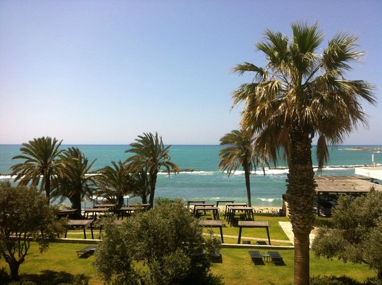 Almyra Hotel: Beautiful view from hotel room
