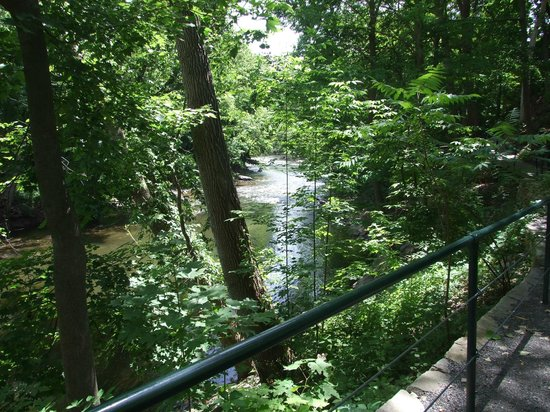 Housatonic River Walk: Peaceful river views just behind the bustle of Great Barrington
