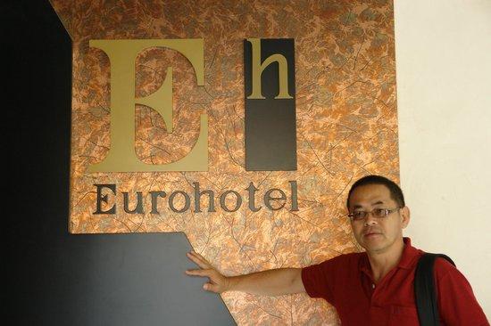 EuroHotel: recepção do hotel