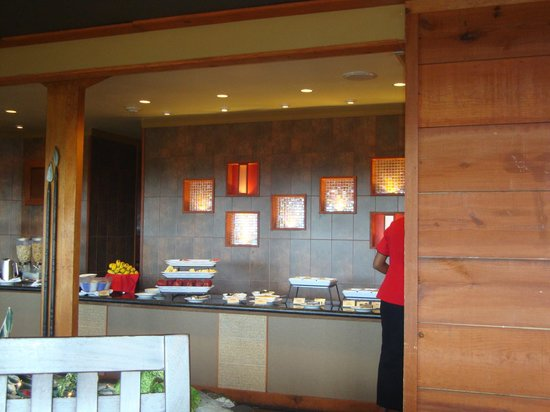 Kapok Hotel: Tiki Village