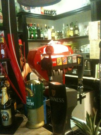 Rugby Tavern: large selection of drinks
