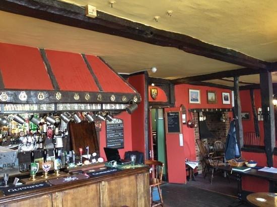 Ye Olde Bell & Steelyard: main bar