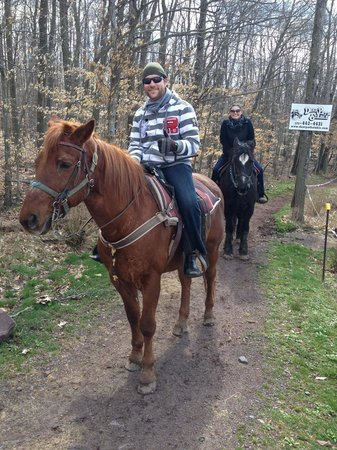 """Deer Path Riding Stable: Me on """"Otis"""" and Cassie on """"Beauty"""""""