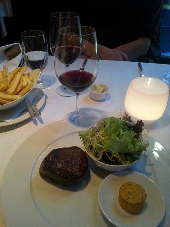 Restaurant Le Faubourg : Rinderfilet mit Pommes Frites
