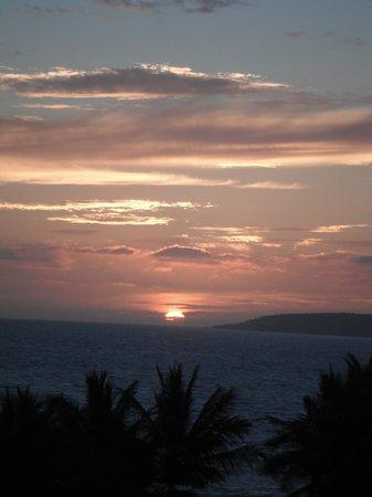 Marival Residences Luxury Resort Nuevo Vallarta : Sunset from our balcony