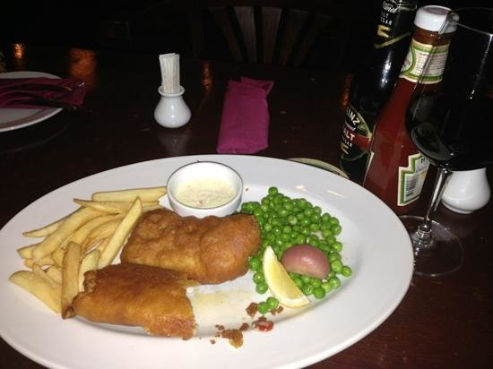 The Londoner Brew Pub: dry fish n chip