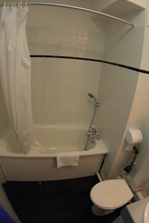Residence Hoteliere Temporim Part Dieu: Bathroom
