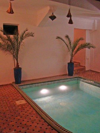 Riad Miliana : Piscine intérieure chauffée