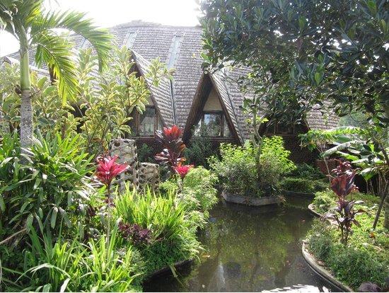 Bali Eco Village: Restaurant