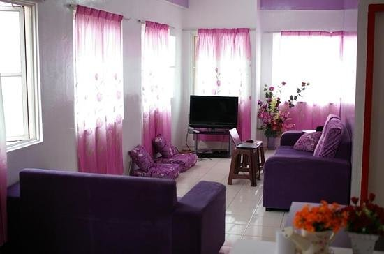 Bunibon Backpackers: living room of Bunibon Bnb Sandakan