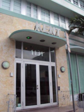The Kent Hotel: Fachada
