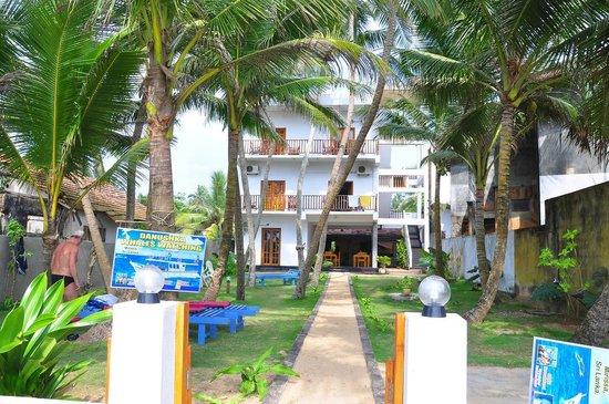 Bimthamburu Beach Hotel