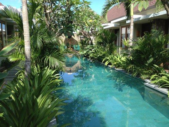 Uma Karan: The cosy, unique pool!