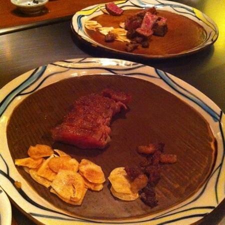 Mon cher ton ton Shinjuku: 美味しいお肉