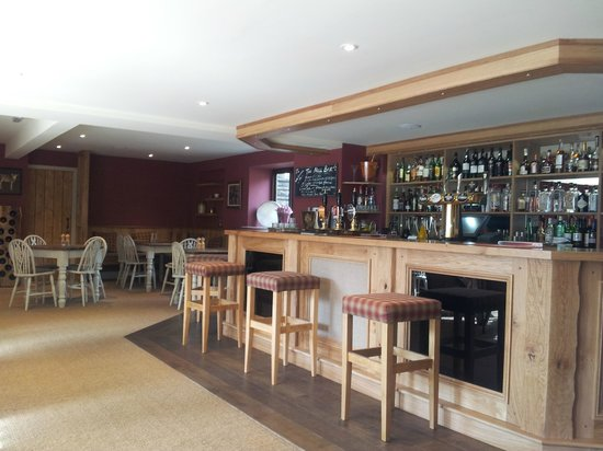 Mill House Hotel: Brand new bar