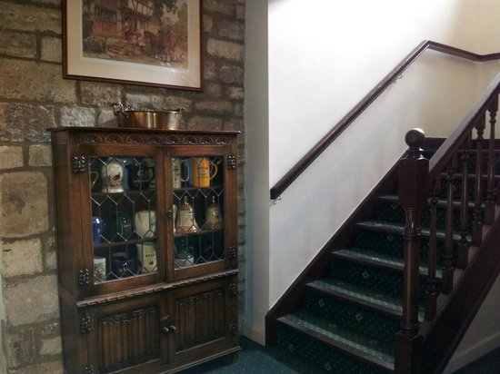 Mill House Hotel: stairs to rooms