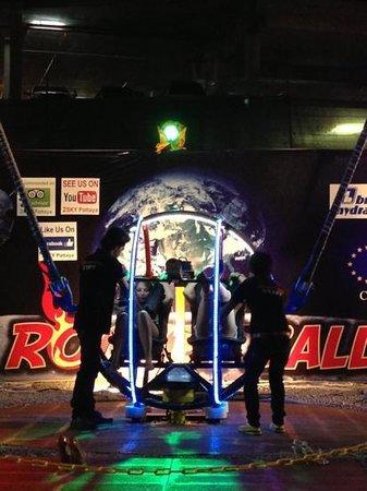 2Sky Pattaya-Rocket Ball: забавно, что есть съемка! такие лица!!!))