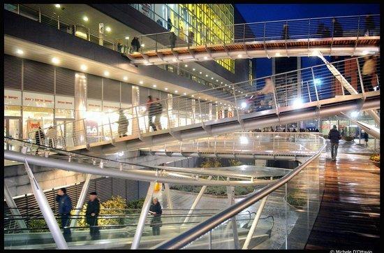 Parco Commerciale Dora