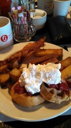 Red Jacket Mountain View Resort & Water Park: Breakfast Buffet