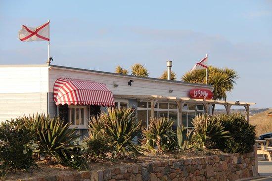 Le Braye : The cafe
