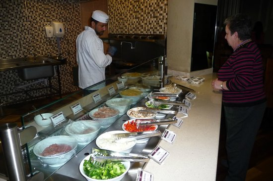 Aneesa's Buffet Restaurant: 'choose & cook' stir-fry service