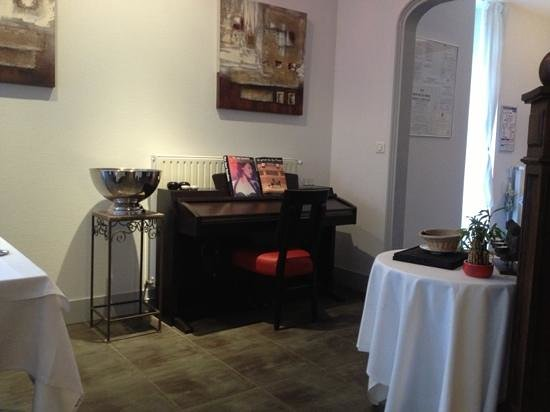 Le Gasseau Restaurant & Hôtel de Charme : entrée du resto