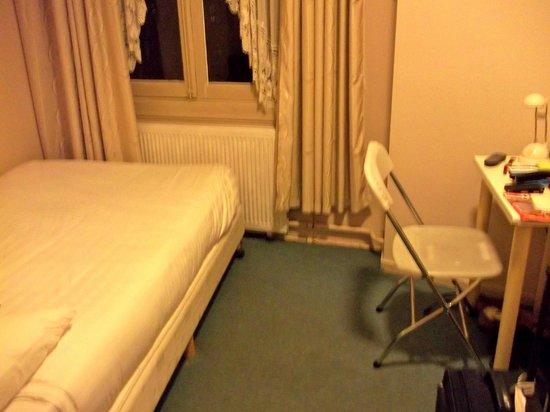 Hotel Hoksbergen: Chambre 2 personnes de 6 m2