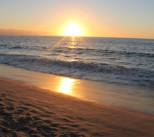 BBinpv: beach 5 mins away