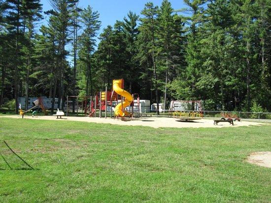 Wakeda Campgrounds: Playground
