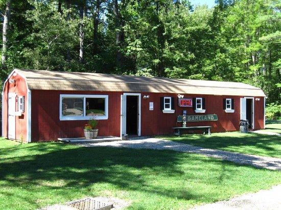 Wakeda Campgrounds: Gameland