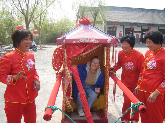 Yinan Zhuquan Country: A Ride Fit for a Princess
