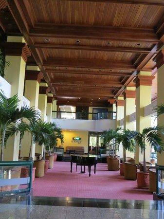 Barcelo San Jose: Main Lobby