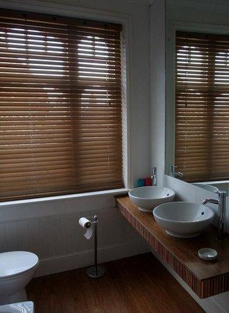 The George Hotel Cley : Bathroom