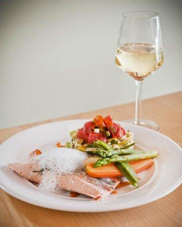 Bistro Kapzak: Salmon and white wine mousse