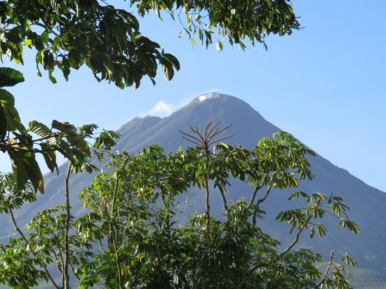 Hotel Montana de Fuego Resort & Spa: View of Arenal from hotel.