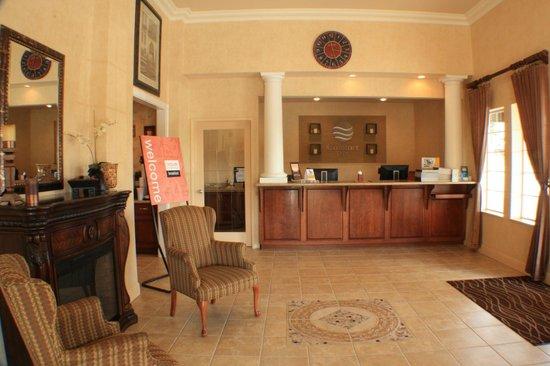 Comfort Inn Humboldt Bay: lobby