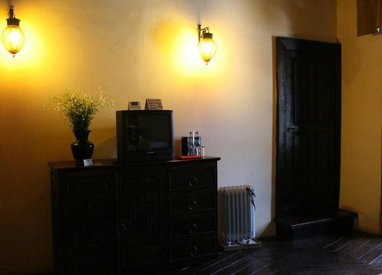 Hotel Mansion Iturbe: TV y detalles.