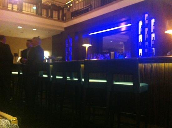 Prague Marriott Hotel: lobby bar