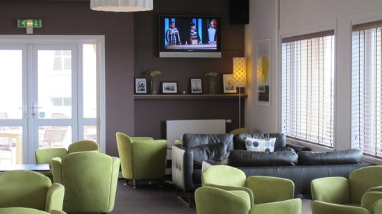 Sands Resort Hotel & Spa: The lounge room
