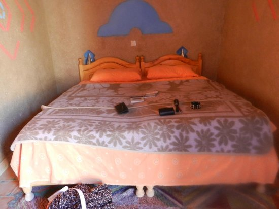 Riad Mamouche: Very comfortable big beds.