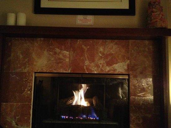 An Inn 2 Remember: Fireplace in room