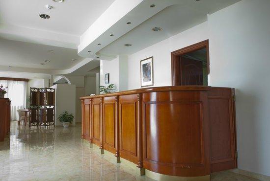 Olympion Hotel: Reception