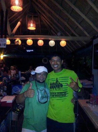 Bahia Tortuga Restaurant - Bar: Great Staff!!