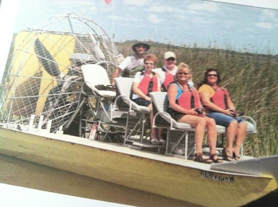 Captain Fred's Airboat Nature Tours: free group picture april 2013