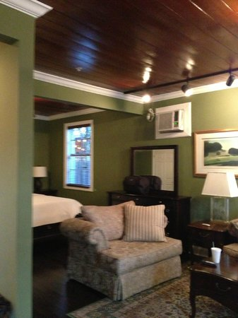 Old Colorado Inn: The Palmer Suite