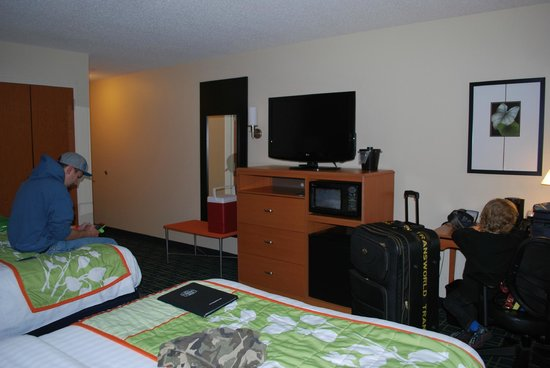 Fairfield Inn & Suites Montgomery-EastChase Parkway: Room