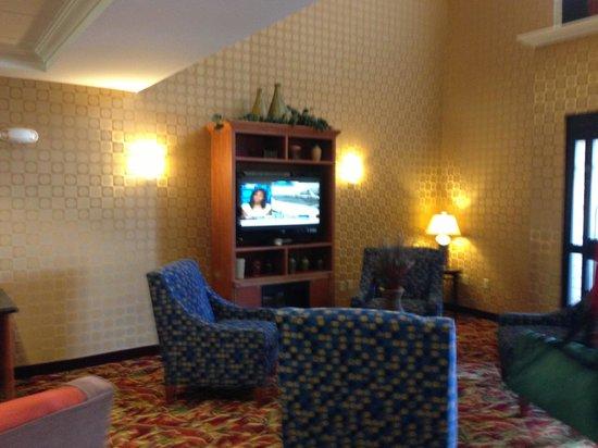 Comfort Suites Hummelstown-Hershey: Main Lobby Area