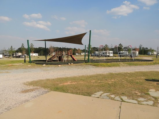 Pine Mountain RV Resort, an RVC Outdoor Destination: play area